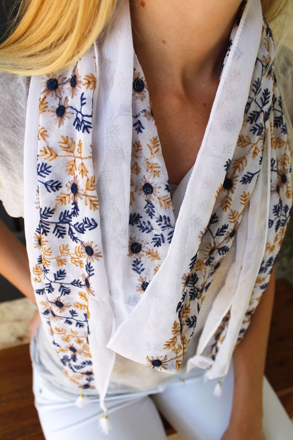 Embroidered Floral Tassel Scarf