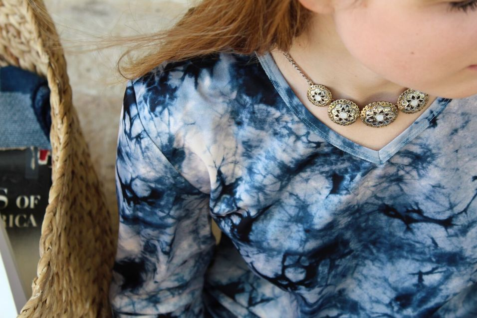 Tie-Dye Knit Fringe Tunic and Two-Tone Necklace