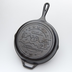 Mount Rushmore Lodge Skillet