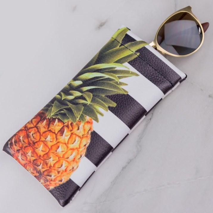 Pineapple Glasses Holder