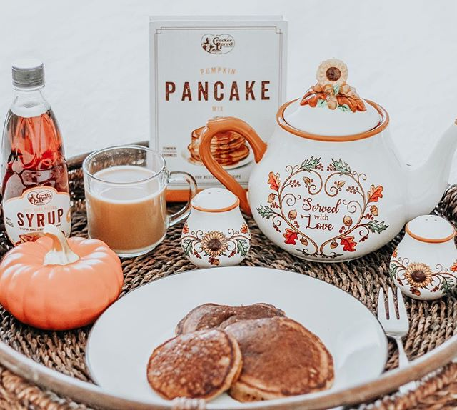 Harvest Tableware Pancakes and Syrup