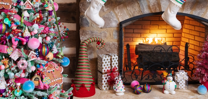 15 delightful christmas decorations under 15